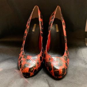 Max Studio Snakeskin Black and Red Pumps